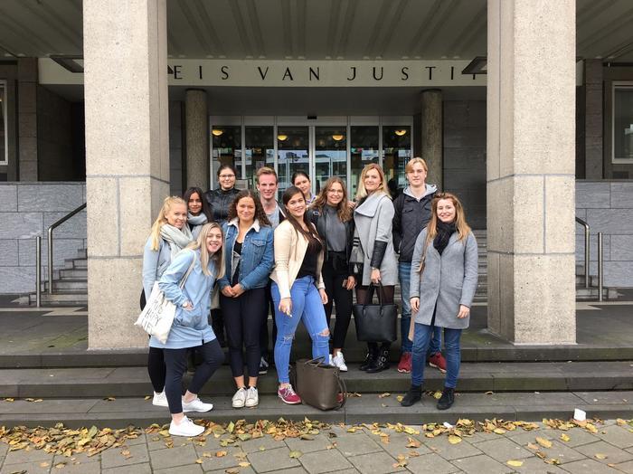Bezoek aan het Paleis van Justitie in Arnhem (11-10))