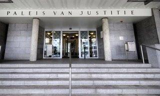 Rechtbankbezoeken zitten vol!
